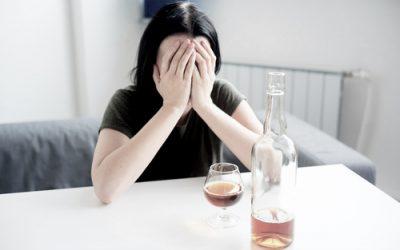 ¿Cómo saber si tengo problemas de alcoholismo?